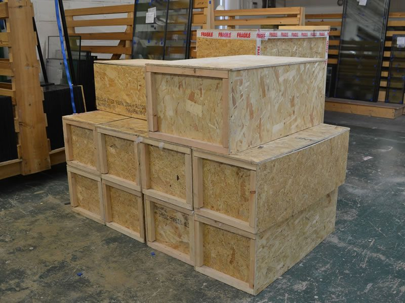 Slim double glazed units packaging crates